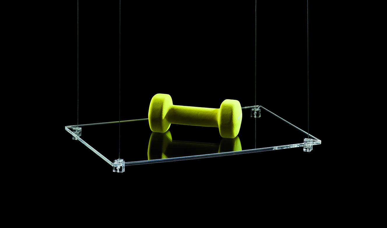 SOGGIORNO: mensole a sospensione in cristallo
