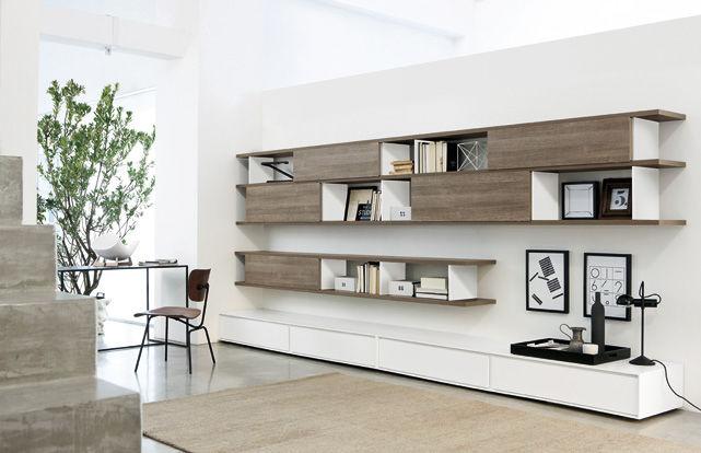 Doccia per giardino idee creative e innovative sulla for Libreria con scrivania incorporata