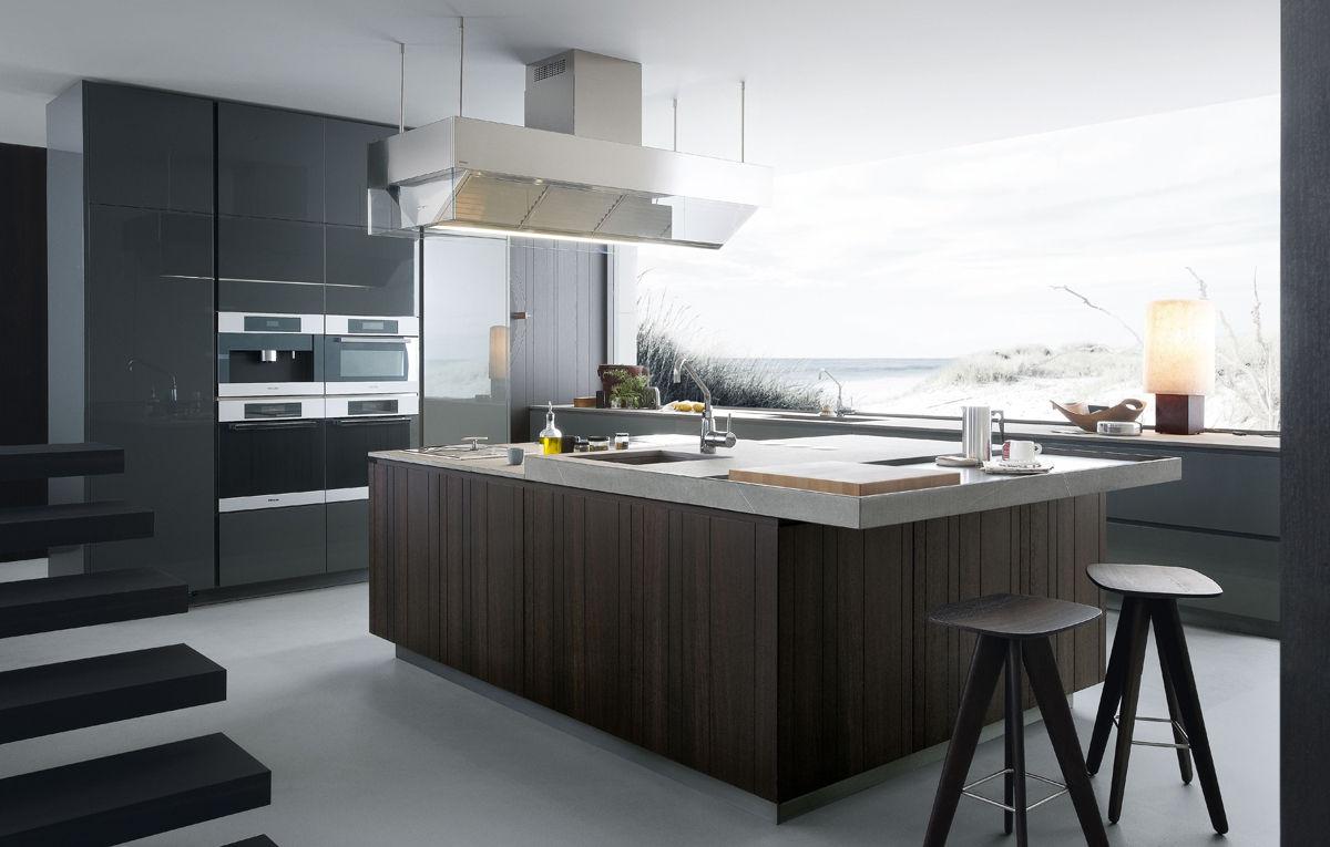Ispirazioni di cucine soggiorni e altri ambienti interni for Cucine con isola moderne