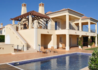 villa-classicheggiante