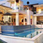 casa moderna a 3 piani total white