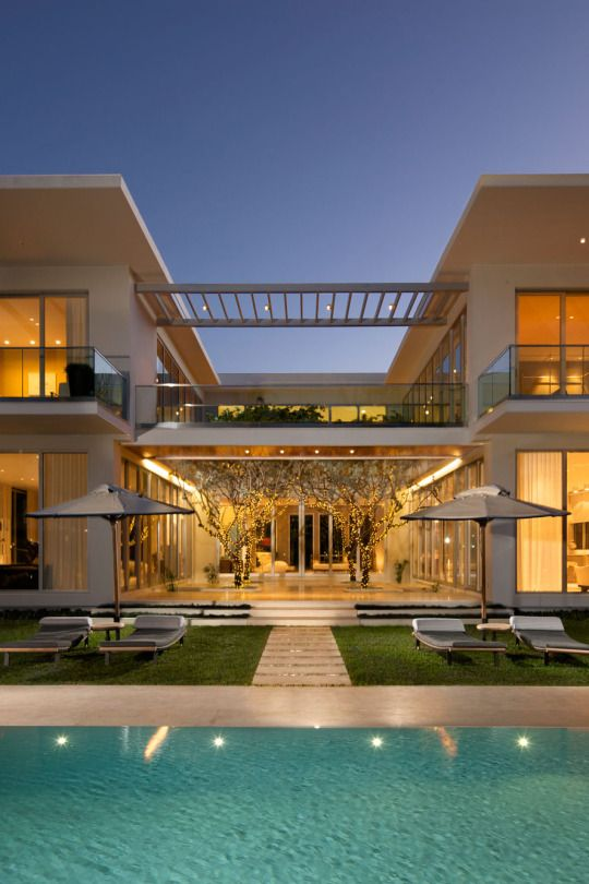 Case moderne come realizzare la propria casa dei sogni in stile moderno - Ingressi case moderne ...
